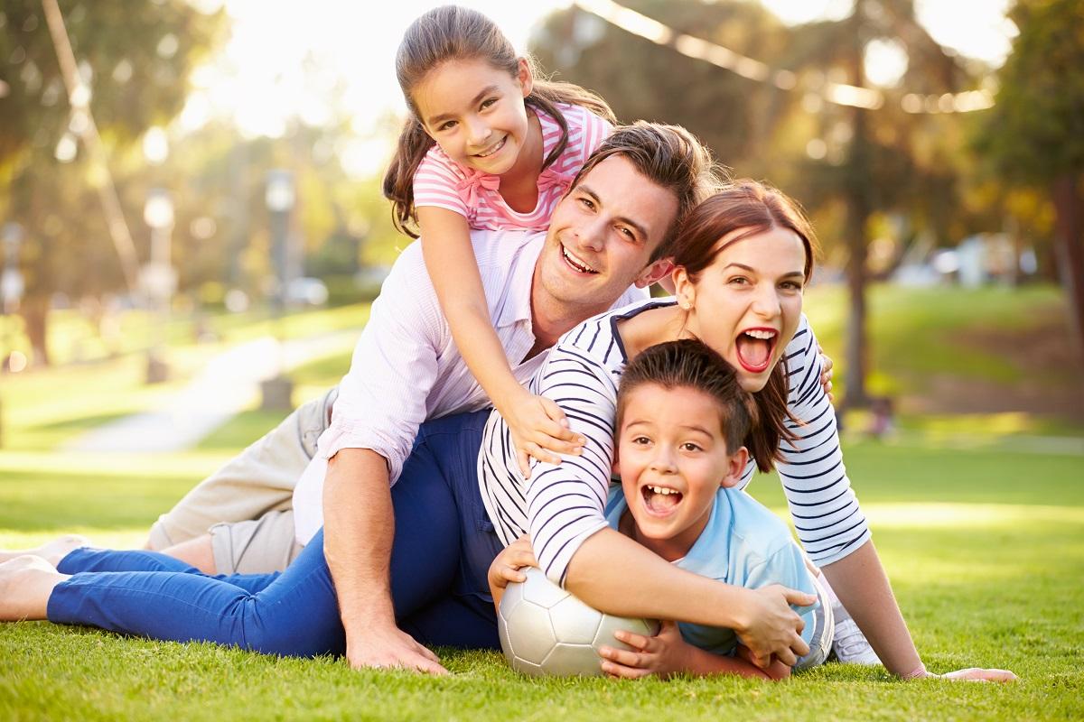 такая картинки фотографии счастливой семьи для кухни включает